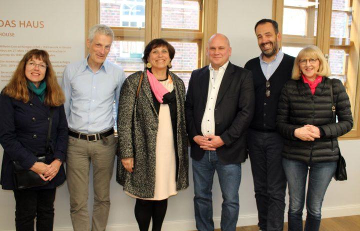 2019.05_COLLEGE_LENNEP (8) photo de groupe_directeurs_maire_Marie_Doris